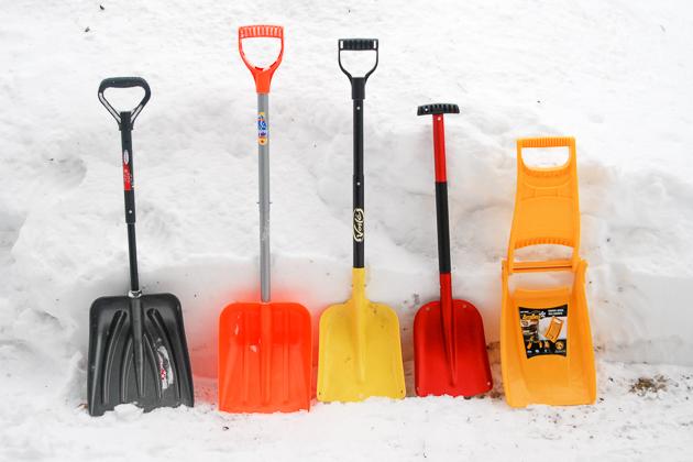 snow shovels group